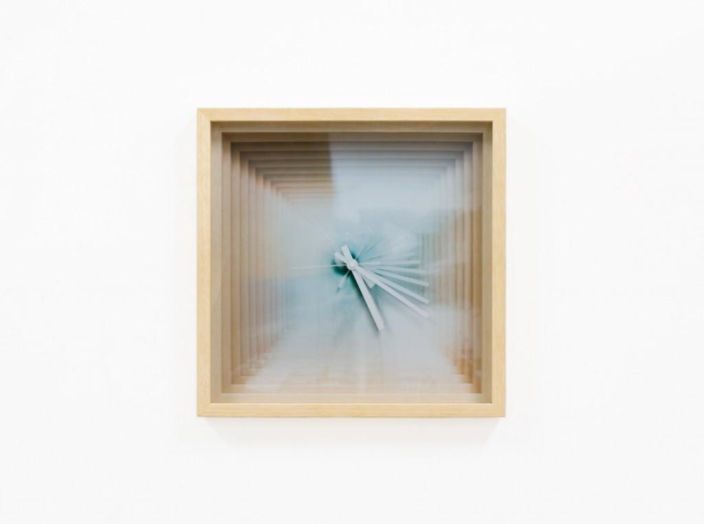 clock photograph